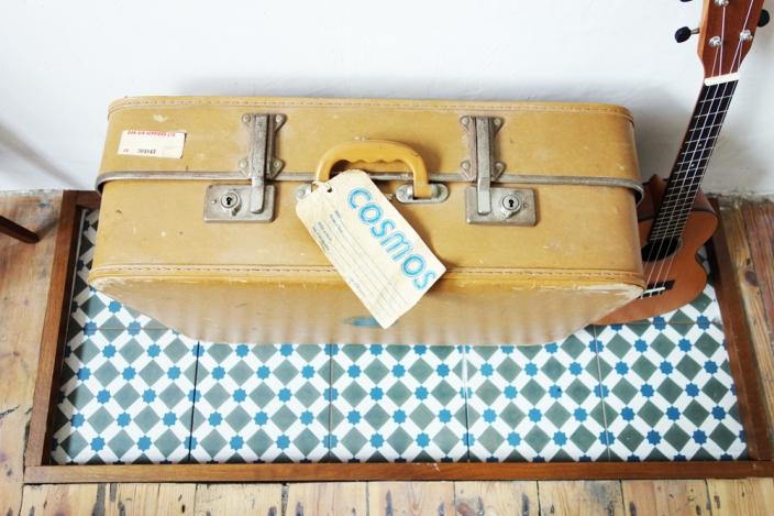 Suitcase and uke 2