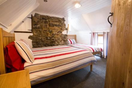 23.Main bedroom